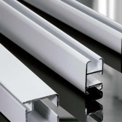 Ver Rieles de Aluminio para cortinas y estores