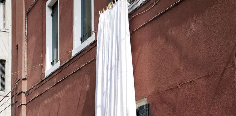 Cómo lavar las cortinas del hogar
